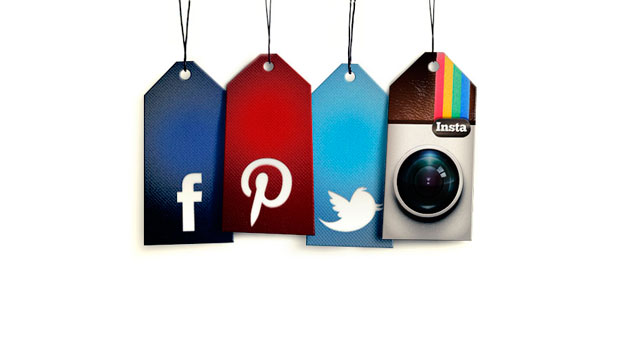 Las redes sociales en Internet y en la vida real
