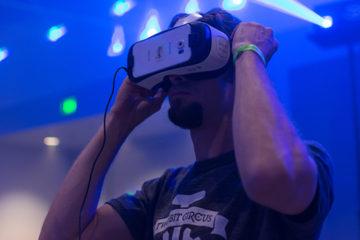Facebook anuncia equipo de Realidad Virtual Social