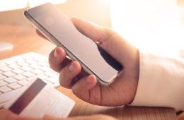 Suben 95% compras vía smartphones en EU